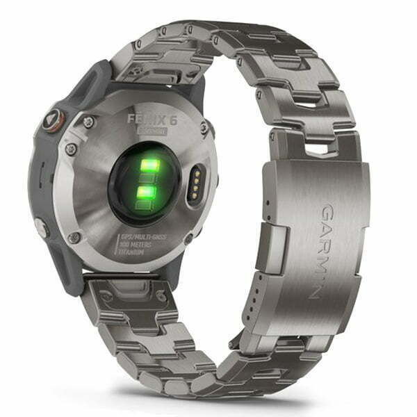 fēnix 6 - Titanium with Vented Titanium Bracelet